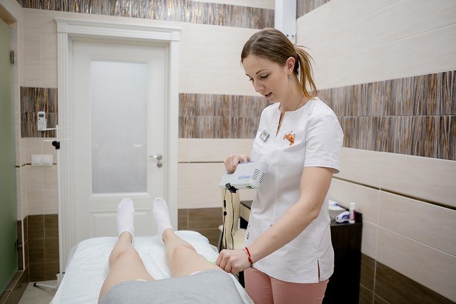 Пенная склеротерапия (Foam-form) в Санкт-Петербурге: цены в клинике «МедЛайн»