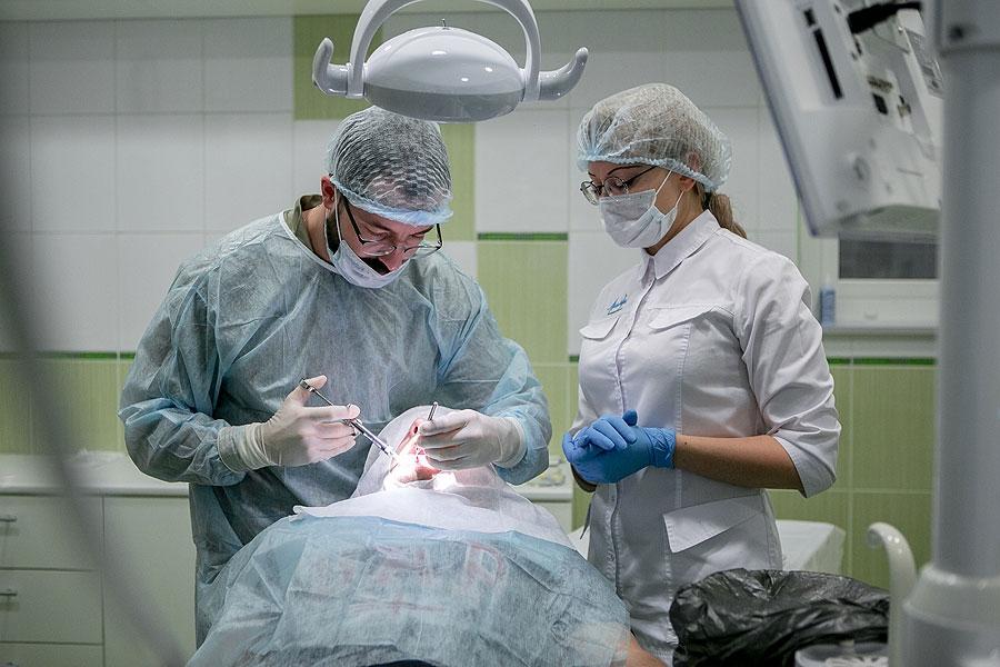 Эндодонтия - лечение корней зубов